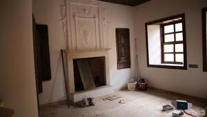 Kuladaki restorasyonu süren tarihi Dr. Aristi Evi butik otel olacak