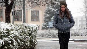 Boluda kar yağışı etkili oldu