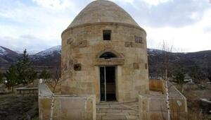 Bayburt'ta, UNESCO'nun 'Dede Korkut' kararı sevinci