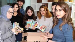Üniversite öğrencilerinden Hakkariye kitap yardımı