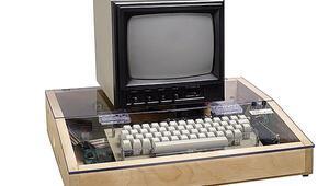 İlk Apple bilgisayarın broşürü satışa çıkıyor