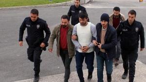 Evine ateş eden husumetlisini öldüren şüpheli tutuklandı