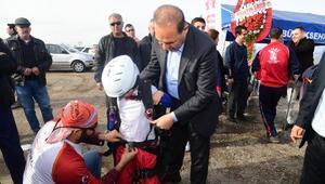 Başkan Sözlü engelli çocukların ilk uçuş heyecanına ortak oldu