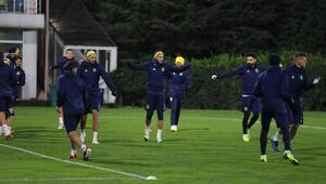 Fenerbahçede Kasımpaşa hazırlıkları sona erdi
