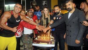 Türkiye şampiyonları, fitness severlerle buluştu