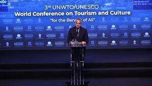 Bakan Ersoy 3. Dünya Turizm ve Kültür Konferansında konuştu