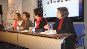 İzmirde, kadınlardan seçilme talebi