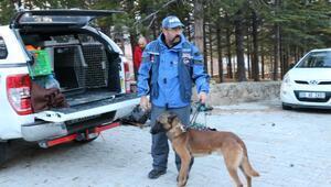 Niğdede çığ altında kaybolan 2 dağcıdan Hilal kurtarıldı (5)
