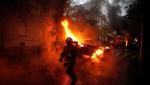 Paristeki son gösterilerin faturası ağır oldu