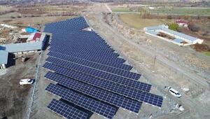 CW Enerjiden Erzincana 1,1 megavatlık güneş santrali