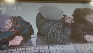 Elazığda kuyumcudaki bilezik hırsızlığı kamerada
