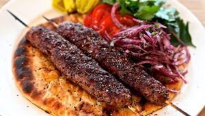Adana kebap nasıl yapılır Adana kebap tarifi