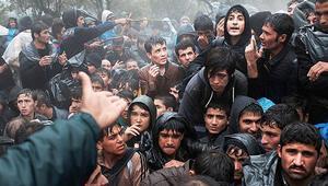 Mülteci akını, korku kampanyası Türkiye ile kıyaslanırsa Yunanistan'daki göçmenlerin durumu utanç verici