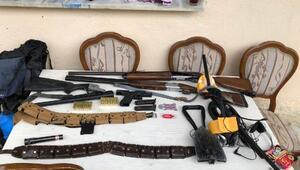 Silah ve mühimmat kaçakçılığı operasyonu: 13 gözaltı