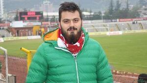 Taraftar grubu lideri, halı saha maçı sonrası kalp krizi geçirip öldü