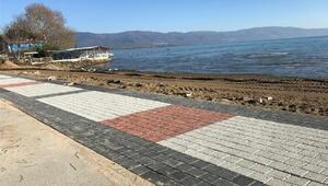 Orhangazide Göl Sahil Projesi hızla sürüyor