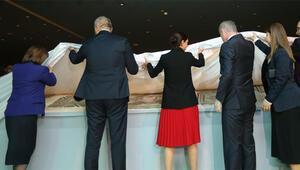 Ve 'Çingene Kızı' mozaiği törenle ziyarete açıldı