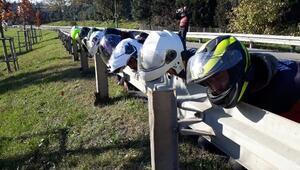 Motosiklet sürücülerinin katil bariyer istemiyoruz eylemi
