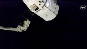 SpaceXten uzay istasyonuna Noel hediyesi
