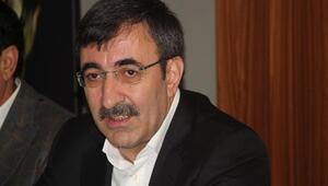 AK Partili Yılmaz: Türkiye, dış dünyada hak etmediği algıyla karşı karşıya