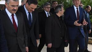 Milli Eğitim Bakanı Ziya Selçuk İzmir'de (2)