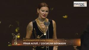 En iyi komedi dizisi kadın oyuncu : Pınar Altuğ