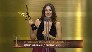 En iyi romantik komedi dizisi kadın oyuncu : Demet Özdemir