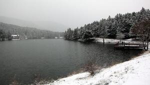 Gölcükte kar güzelliği
