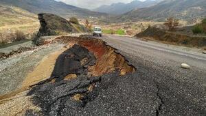 Adıyamanda aşırı yağış nedeniyle yol çöktü