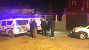 Baba-oğul sokak ortasında silahlı saldırıya uğradı: 1 ölü, 1 yaralı