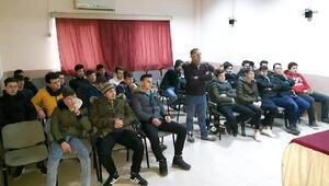 Geliboluda, Akran Zorbalığı ve Okulda Şiddet semineri
