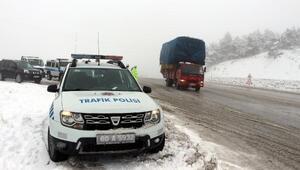 Emniyet Müdürü Topaloğlundan, buzlanma uyarısı
