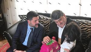 Beşiktaşlı yöneticiler, Mehmet Tutulkanın evine taziye ziyaretinde bulundu