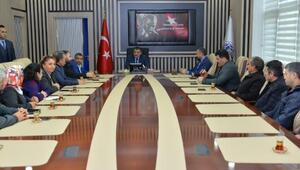 Gürkan, MATHAP üyeleri ile bir araya geldi