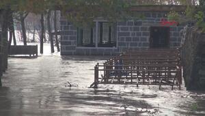 Dicle Nehrinde su 4 metre yükseldi, Hevsel Bahçelerini su bastı