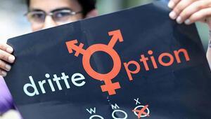 Üçüncü cinsiyet meclisten geçti İsteyen kadın ve erkeğin yanında diğer şıkkını seçebilecek