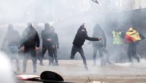 Brükselde göç karşıtı gruba polis müdahalesi