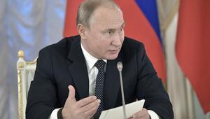 Putin: Rap müzik yasaklanmamalı, kontrol altına alınmalı