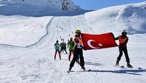 Kış mevsiminin en uzun yaşandığı Hakkaride kayak sezonu açıldı