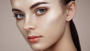19 Aralık hadi ipucu: Islak ve parlak görünüm veren makyaj tekniğinin adı nedir