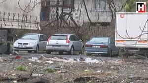 Sarıyer'de belediye köprüyü yıkınca onlarca araç otoparkta mahsur kaldı