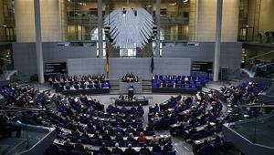 Almanya, nitelikli iş gücünün ülkeye gelmesi konusunda engelleri azaltacak
