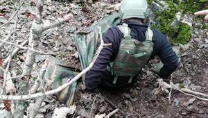 Eruhta PKKlıların kullandığı 5 barınak ve sığınak imha edildi
