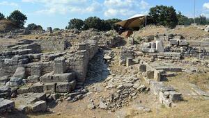 Troya Antik Kentine 512 bin 776 ziyaretçi