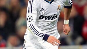 Yer yerinden oynayacak Real Madride geri dönüyor...