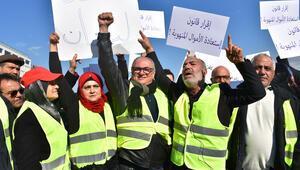 Lübnanda sarı yelekliler protesto düzenledi