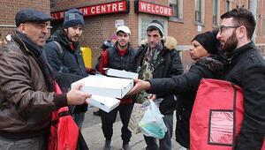 Kanadada Türk pizzacıdan evsizlere yardım