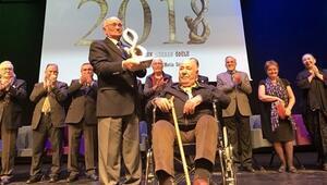 Metin Sözen'e 'Büyük Şükran'  ödülü
