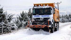 Gölbaşında karla mücadelede 500 ton tuz kullanıldı