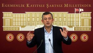 CHPli Özgür Özelden Hulusi Akar açıklaması